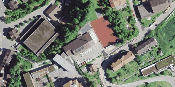Schule Burg, Allwetterplatz