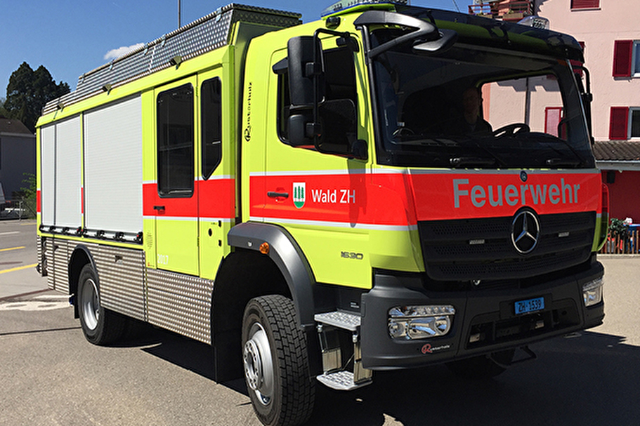 Feuerwehrfahrzeug der Gemeinde Wald ZH