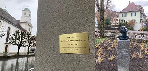 Gedenktafel für Lilian Uchtenhagen und Denkmal für Maria Felchlin