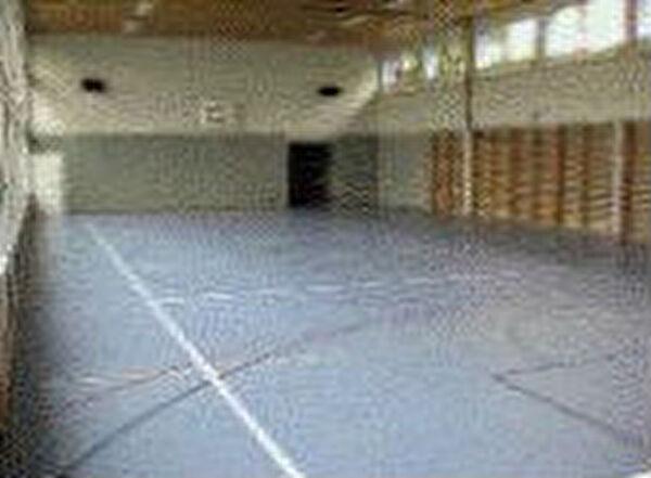 Turnhalle Innenraum