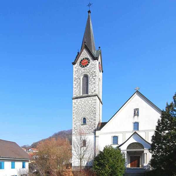 Vorderansicht röm-kath. Kirche Unterendingen