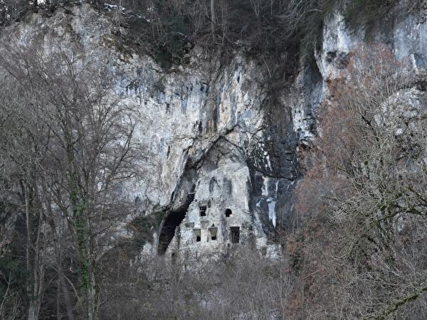 Höhlenburg Wichenstein