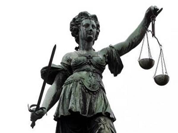 Der Richter ordnet das Stadtammannamt an, Recht durchzusetzen und zu vollziehen