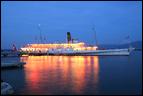 Le bateau Savoie quitte le débarcadère de Coppet