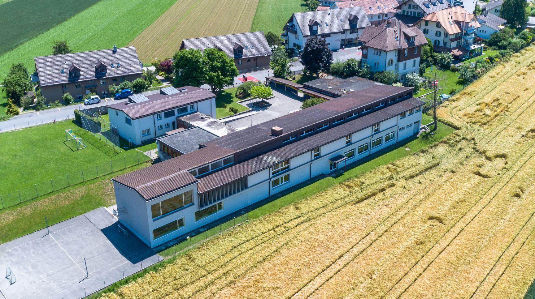 Schulhaus Schlosswil