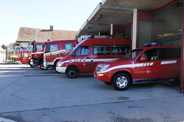 Local et véhicules du feu