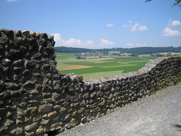 Mur de pierre sur les remparts