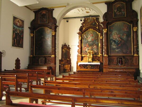 intérieur de l'Eglise des Capucins