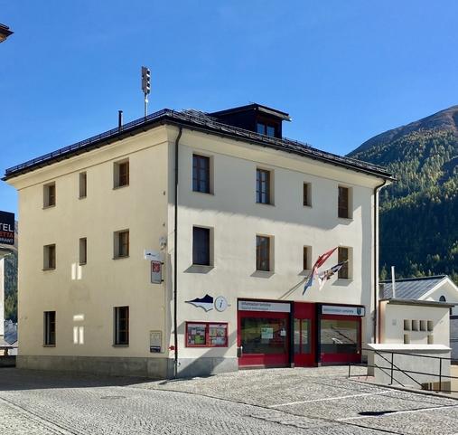Chesa cumünela / Gemeindehaus
