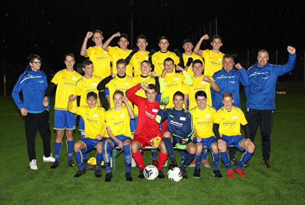 Die B-Junioren von FC Bunt und Ebnat-Kappel haben eine makellose Saison hinter sich und steigen