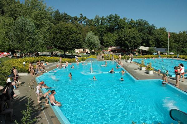 Schwimmbad Büel