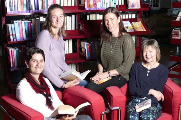Teamfoto Bibliothek