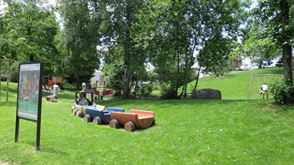 Foto Spielplatz Lindenhof