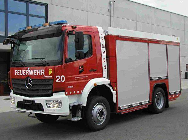 Tanklöschfahrzeug Feuerwehr Emmen