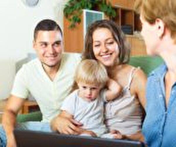 Bild einer jungen Familie