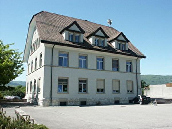 Das alte Schulhaus - Heimat des Kindergartens
