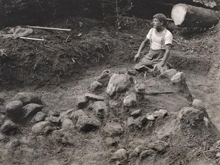 Ausgrabung Zigiholz Grabungsarbeiter 1926.jpg