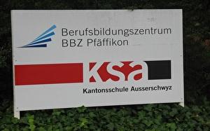 Schild Kantonsschule und Berufsbildungszentrum