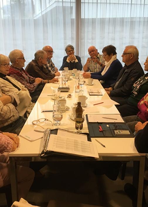 Jahrgänger beim Treffen
