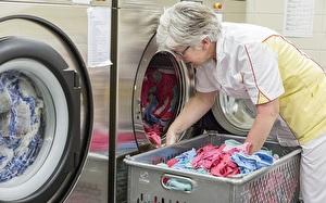 Wäschereifrau