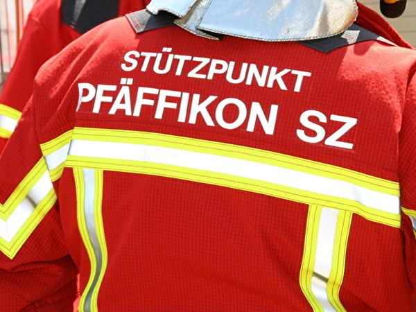 Rücken eines Feuerwehrmannes