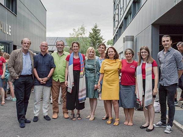 Die Kulturschärpegewinner mit der Kulturkommission