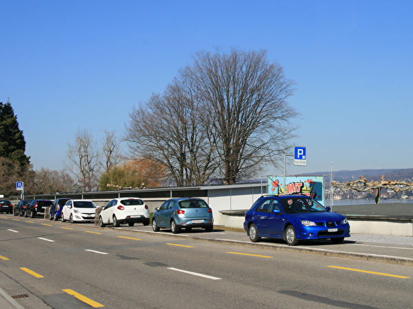 Seeufer Seestrasse Parkierung