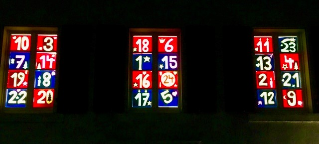 Fensterfront Gemeindehaus