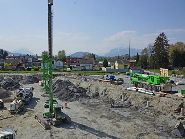 Bau Zentrum Rheinauen, 10.04.2020