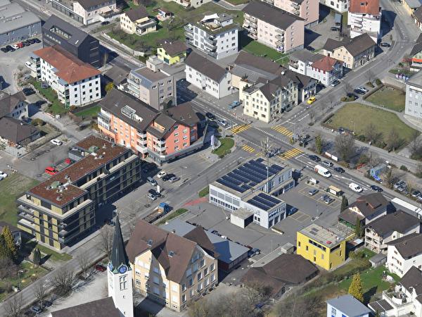Dorfzentrum - Freihofkreuzung