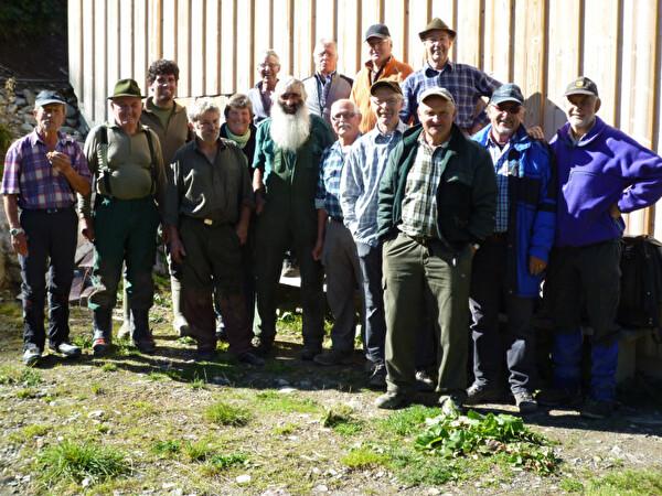 Gruppenfoto aller Helfer der Gruppe Natur 60+