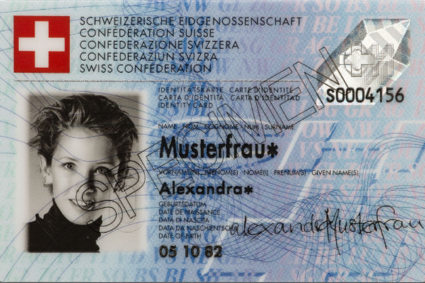 Identitätskarte Muster (Bild: Keystone)