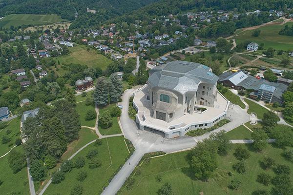 Luftbild des Goetheanums