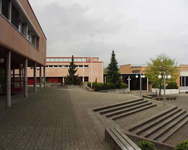 Schulhaus Steinacher II