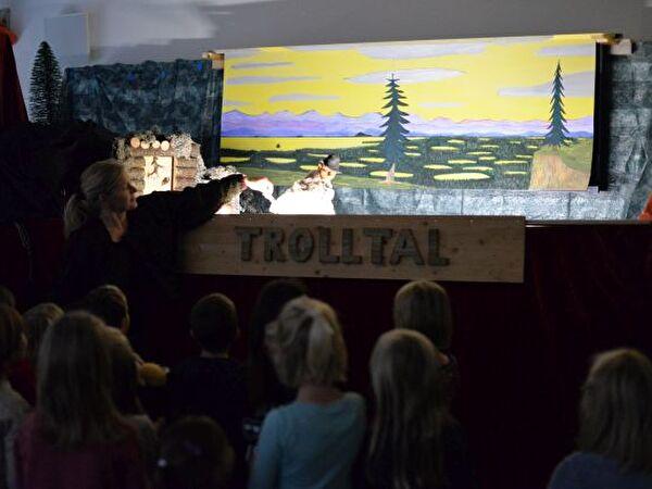 Trolltheater