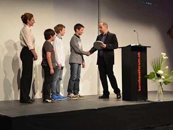 Oberägerer Schüler gewinnen am 1. Lernfilm-Festival