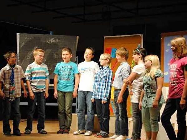 Musical 5b Die Schülerrevolte