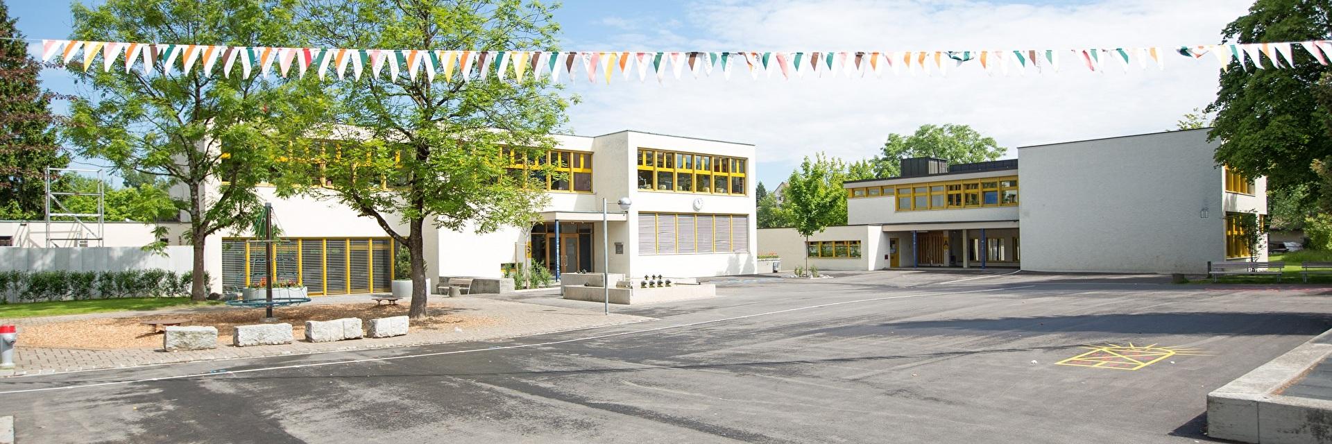 Schulhaus Mettlen