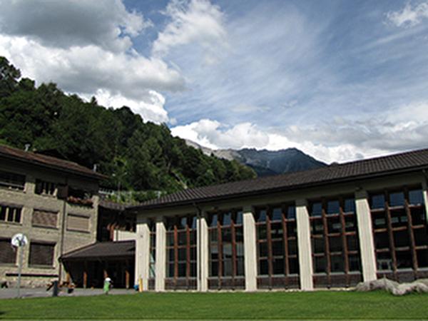 Bild: Schulhaus Küblis