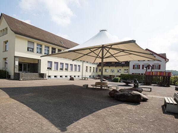 Schule Zentrum