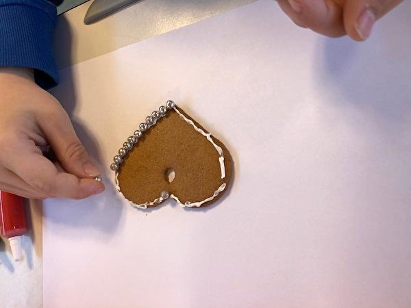 Lebkuchenherzen verzieren, 3. Klasse Meyer/Schuler