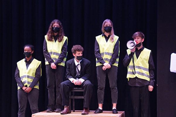 Loreto: Theater Bahnhöflich
