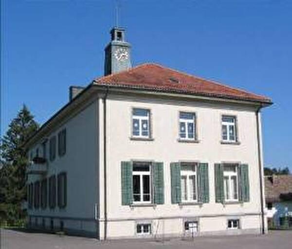 Schulhaus Horgenberg