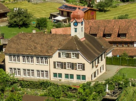 Schulhaus Oberschan