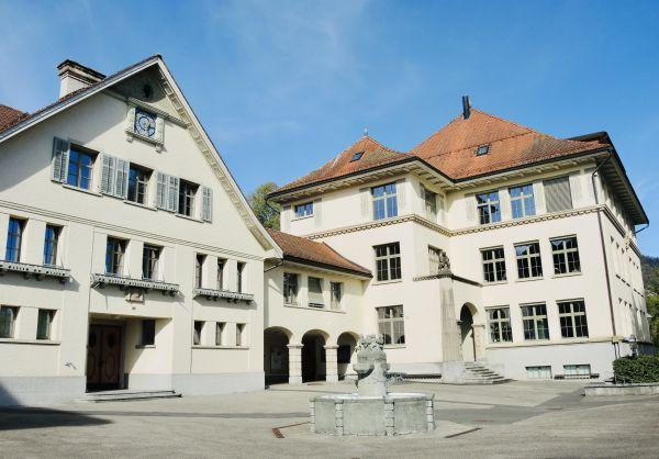 Schulhaus Binzholz