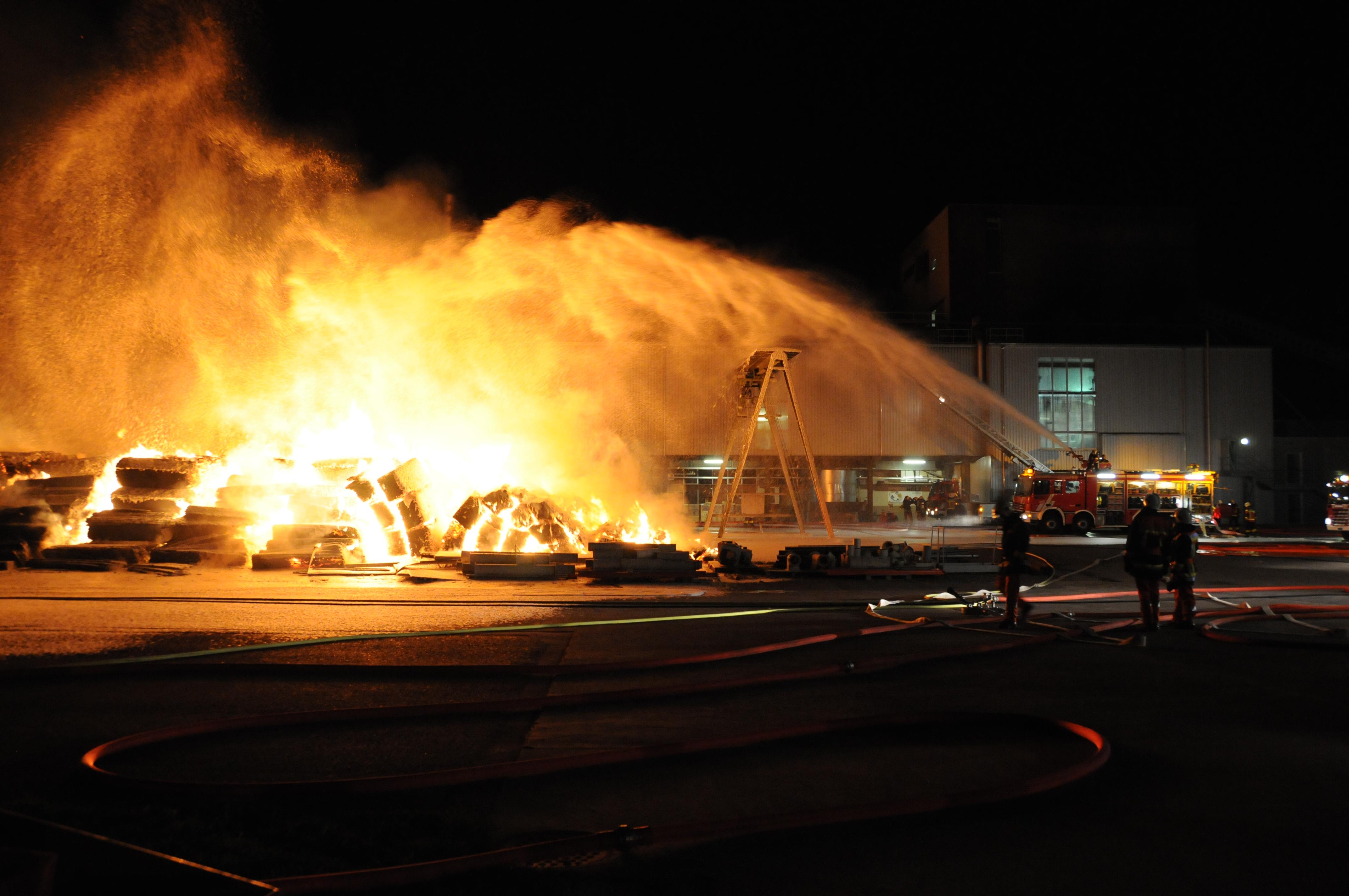 2009 Brand Aussenlager Pavatex